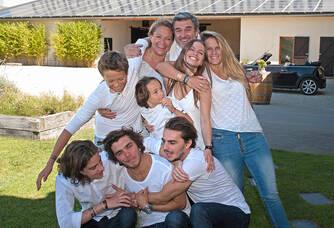 Toute la famille du Château Hourtin-Ducasse
