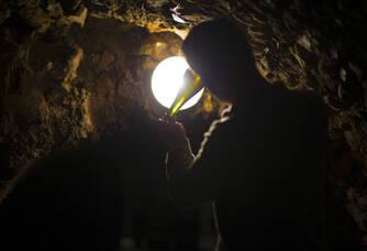 Cave mire du dépôt bouteille rosé
