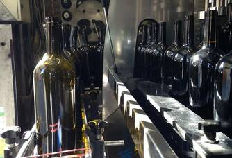 Mise en bouteille des cuvées Mas de Valbrune