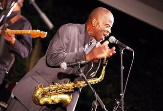 Mr Macéo Parker en concert ( live Jazz en Baie 2016 )