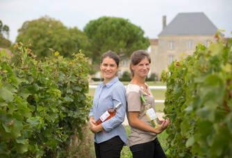 Marie-Caroline et Anne-Cécile Rozier les heureuse viticultrices