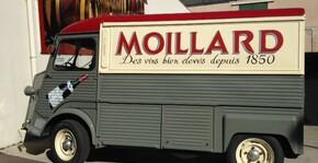 Caveau Moillard - Le camion de livraison