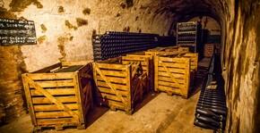Des caisses de champagne de Guy Charbaut
